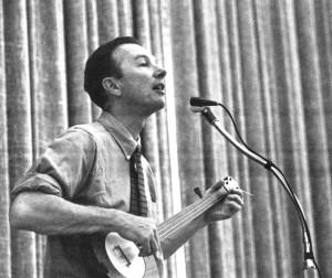 Pete SeegerUC Berkeley, 1963w/ Frank Proffit fretless banjo